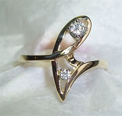 Women's Diamond Ring