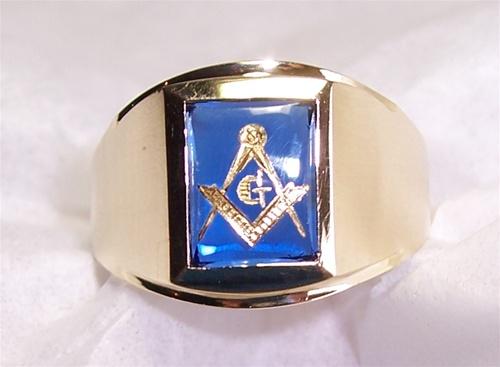 Blue Sapphire Masonic Ring - Very Rare 24k Gold Flake Hand